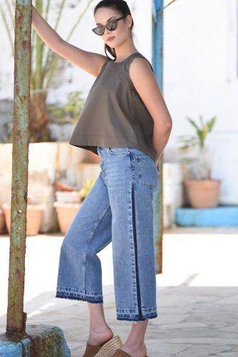 High Waisted Jeans Design With Dark Blue Stripes #darkstripes