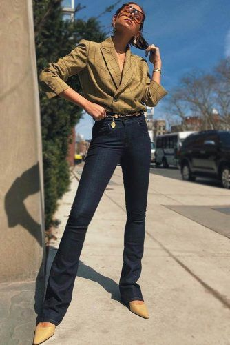 Dark High Waisted Jeans Design #plaidjacket