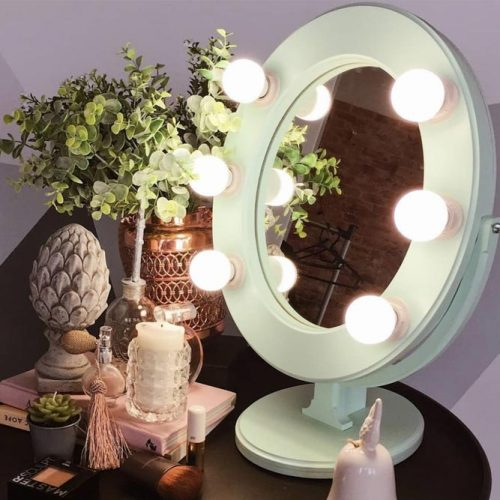 Oval Vanity Makeup Mirror With Bubble Lights #ovalmirror #bubblelights