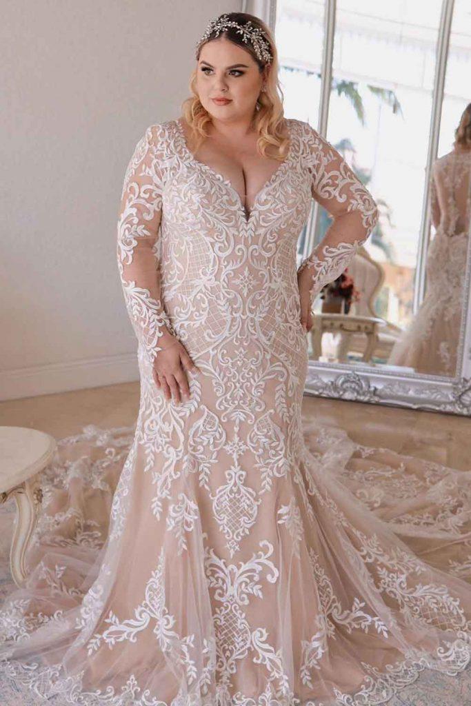 Bohemian Lace Dress With Long Sleeves #bohodress #bohemiandress