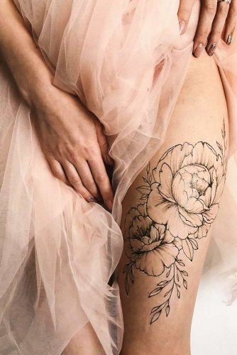 Leg Tattoo Design With Roses #legtattoo #blackrosetattoo