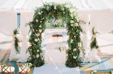 Beautiful Wedding Arch Ideas For Your Day Of Love