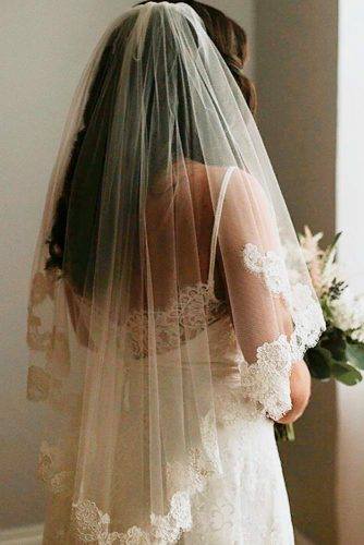 Fingertip Length Veil With Your Hair Down #classicweddingveils #fingertipweddingveils