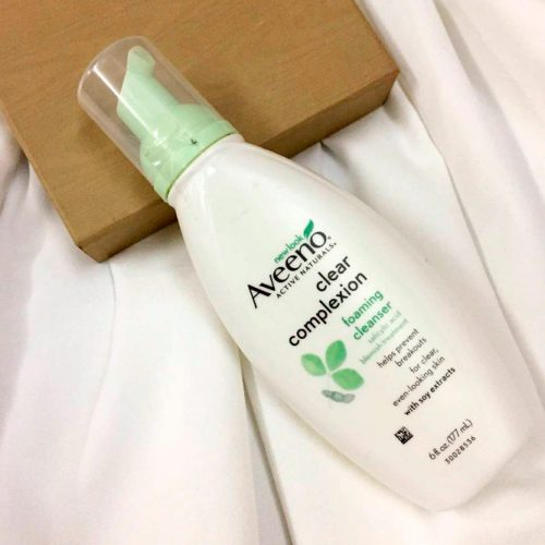 Aveeno Clear Complexion Foaming Cleanser - Best Cleanser For Dry Or Sensitive Skin #dryskincare #sensitiveskincare