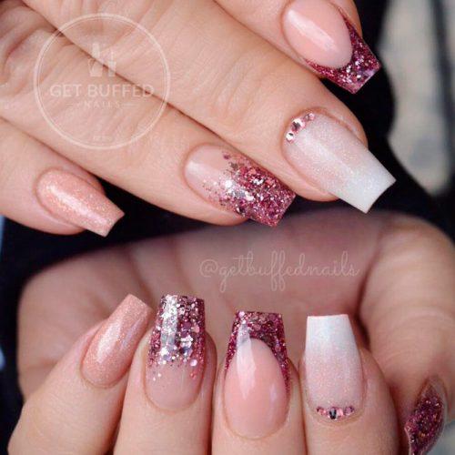 Sparkly Glitter Tips #frenchnails #glitternails