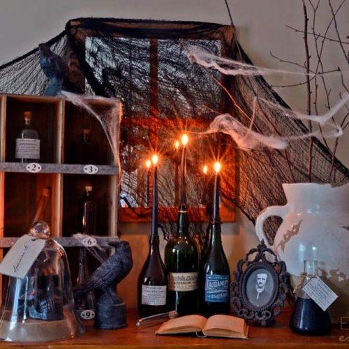 DIY Bottle Candle Holders #candleholders #diyhomedecor #halloweendecor