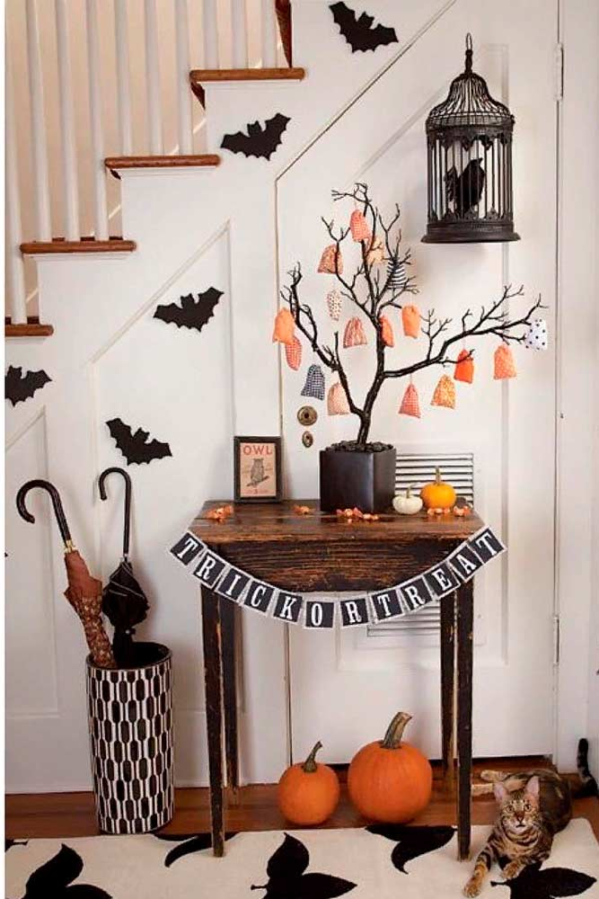 Spooky Home Décor For Halloween #halloweendecoration #spookyhomedecor