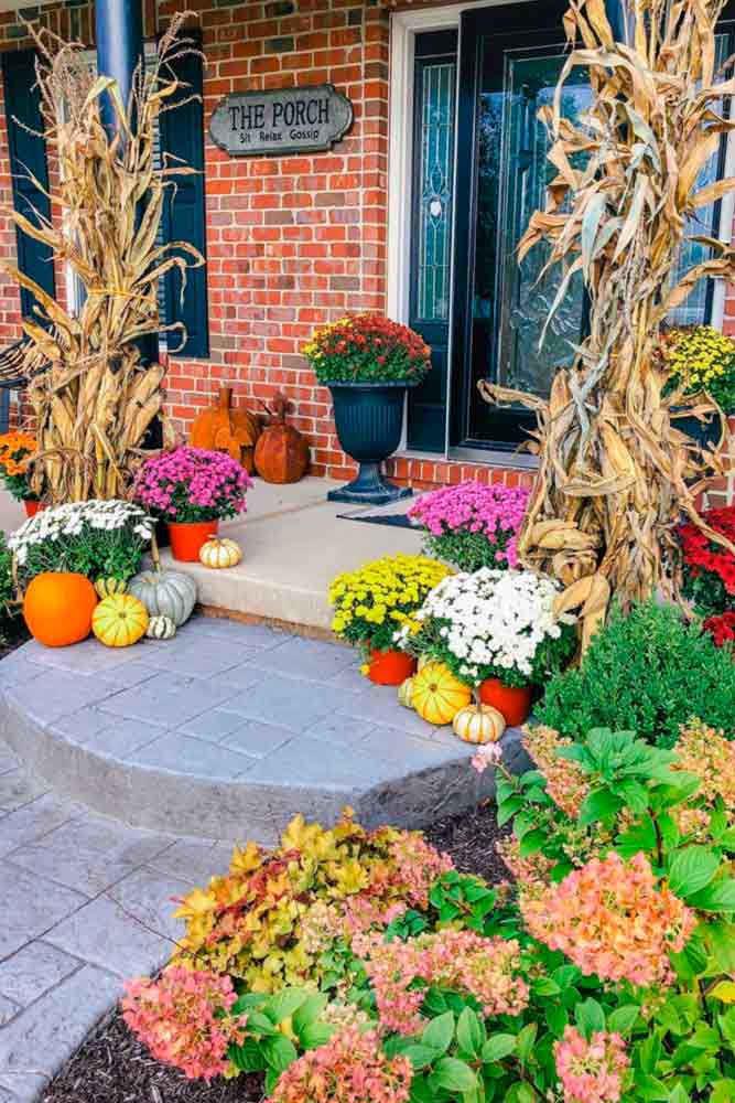 Fall Floral Décor For Your Porch #homedecor #outdoordecor