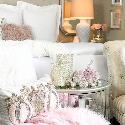 Pretty Velvet Pumpkins And Fall Pillow #pillows #falldecor