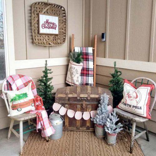 Christmas Fall Porch Decor #rusticdecor #pillows