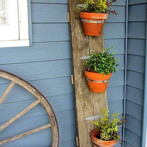 Front Porch Organization With Flower Pots #plants #pots