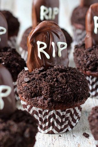 Tombstone Cupcakes #tombstone #rip