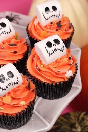 Monster Pumpkin Cupcake Idea #monstercupcake