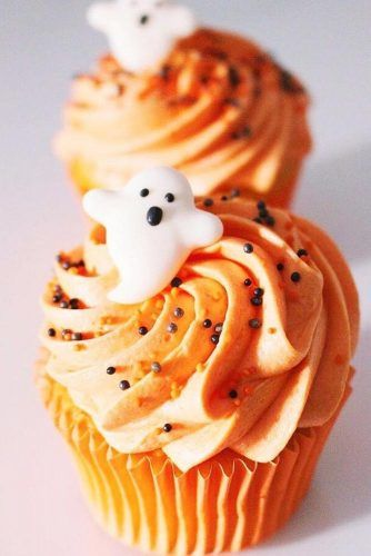Pumpkin Cupcake With Ghost Accent #ghostcupcake