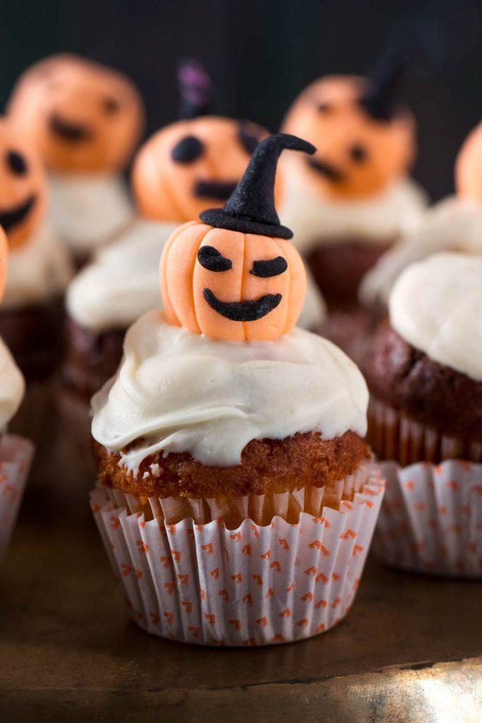 Halloween Cupcake Decor Idea