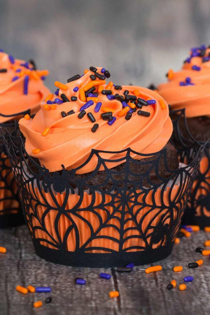 Spiderweb Cupcake Decor