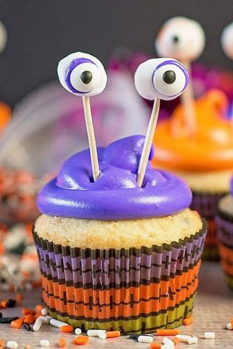 Monster Cupcakes #monster #toppers