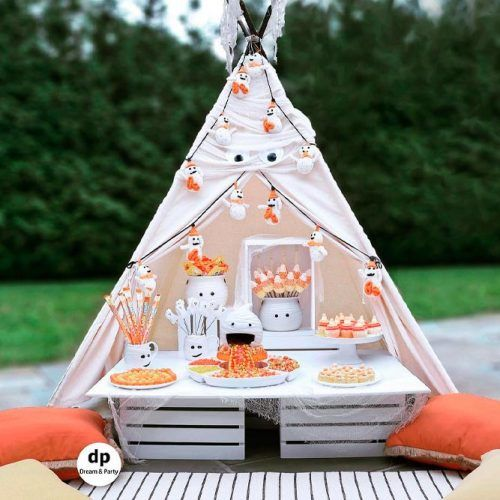 Ghost Themed Bash #halloweendecor #decoration
