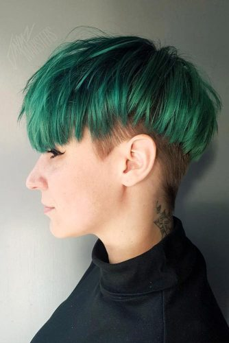 Saturated Green Short Hair #greenhair #shorthair