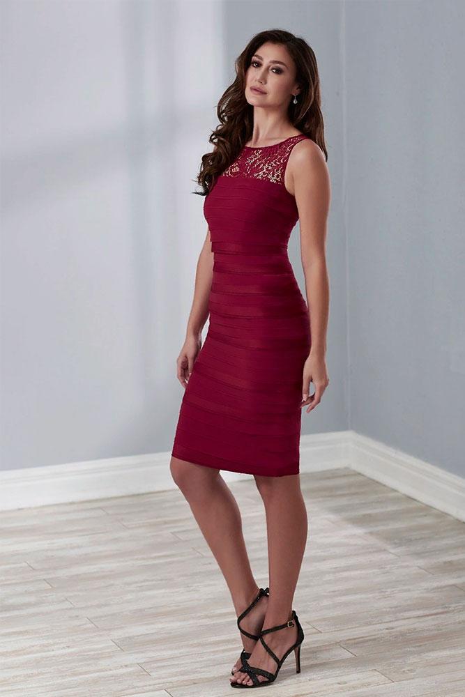 Burgundy Bodycon Dress With Lace #bodycondress #burgundydress