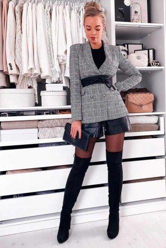 Black Shorts With Plaid Jacket Outfit #plaidjacket