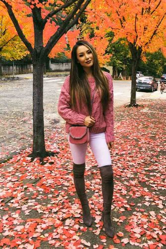Brown Over The Knee Boots With A Pink Top #pinksweater #brownboots