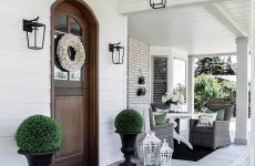Front Porch Ideas For Nice And Cozy Atmosphere