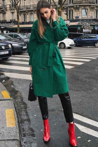 Green Trench With Red Boots To Refresh Fall Outfit #greentrenchcoat