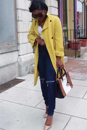Bright Yellow Trench With Dark Jeans #brightyellow #classictrenchcoat