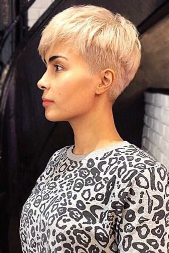 Chic Pixie With A Hint Of Bowl #bowlcut #shorthair