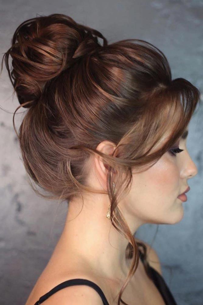 Messy Chignon Bun Hairstyle #chignonbun #simplehairstyle