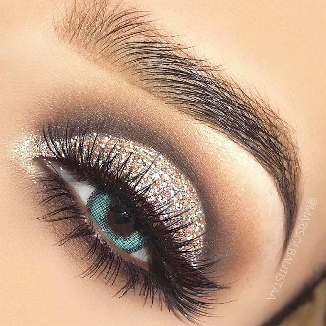 Winged Brown Eyeline With Glitter Shadow #browneyeliner
