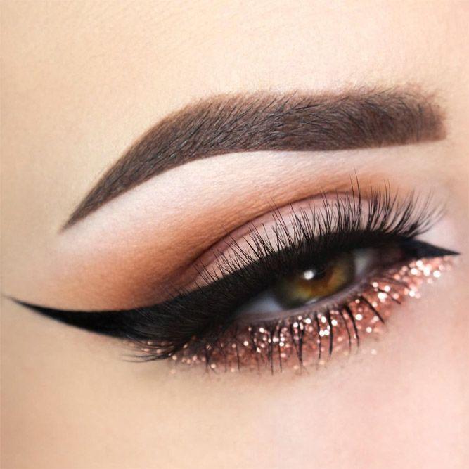 Eyes Makeup With Bold Black Eyeliner #goldglitter