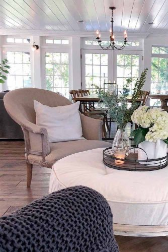 Laconic Living Room Style In Neutral Color Tones #livingroomdecor #cozylivingroom