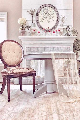 Old Elegance For French Country Interior #oldworlddecor #vintagedecor