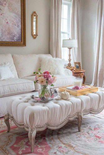 Soft Accents For Family Room #eleganthomedecor #livingroomdecor
