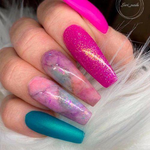 Holo Accented Nail Art #accentednails #marblenails