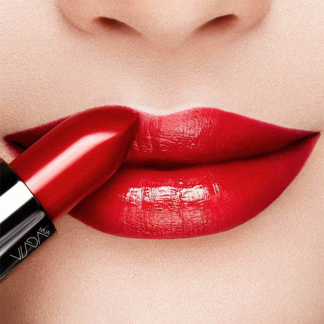 Lipstick Tips For Thin Lips #thinlips #redlipstick