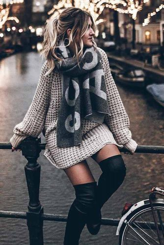 A Cozy Oversize Sweater Dress For The Cold Weather #oversizesweaterdress #knitdress