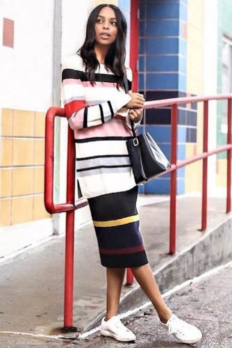A Long Oversize Stripped Sweater Dress #stripeddress #mididress