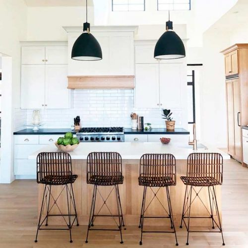 How To Choose White Cabinets For Your Kitchen #homedecor #stylishhome #kitchen