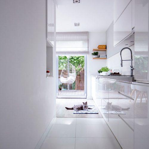 Hallway Lined Kitchen #homedecor #stylishhome #contemporarykitchen