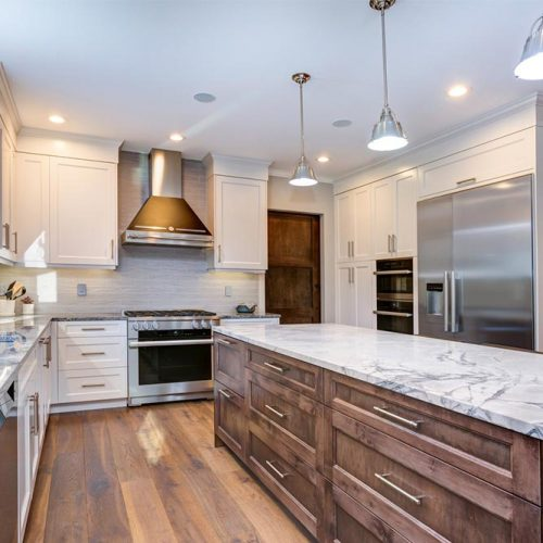 White Cabinets With Classic Wood Ones Beneath #homedecor #stylishhome #modernkitchen