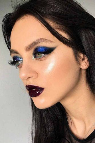 Bold Blue And Black Smokey Makeup Idea #purplelipgloss