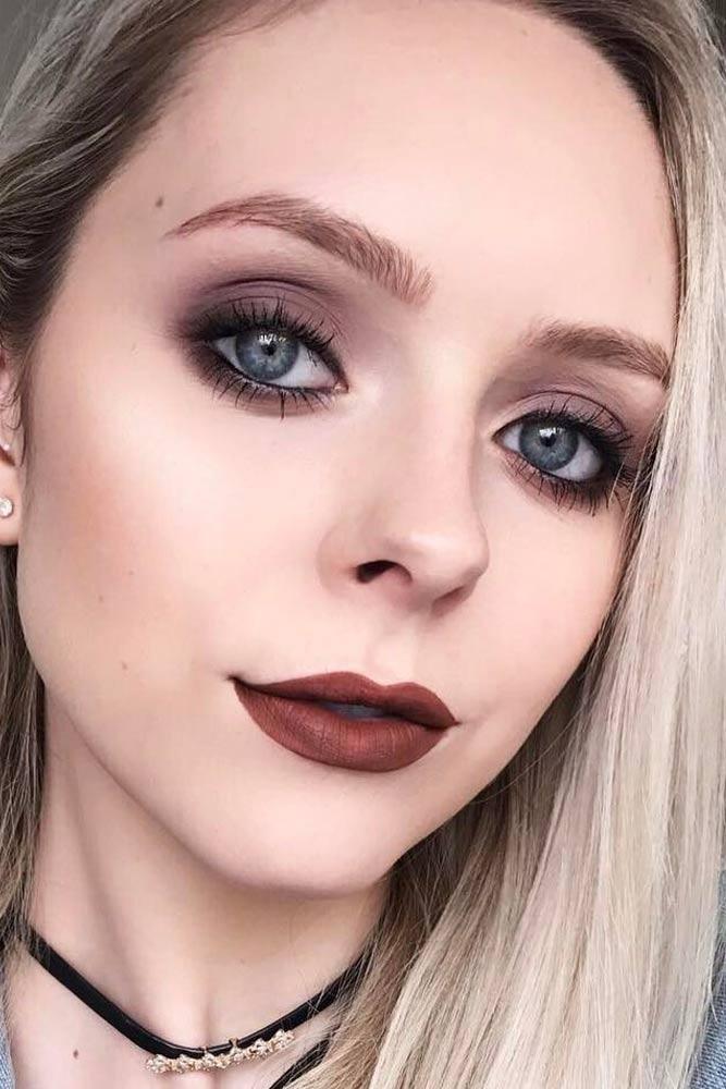 Dark Eyes With Brown Lips #brownlips #softsmokey