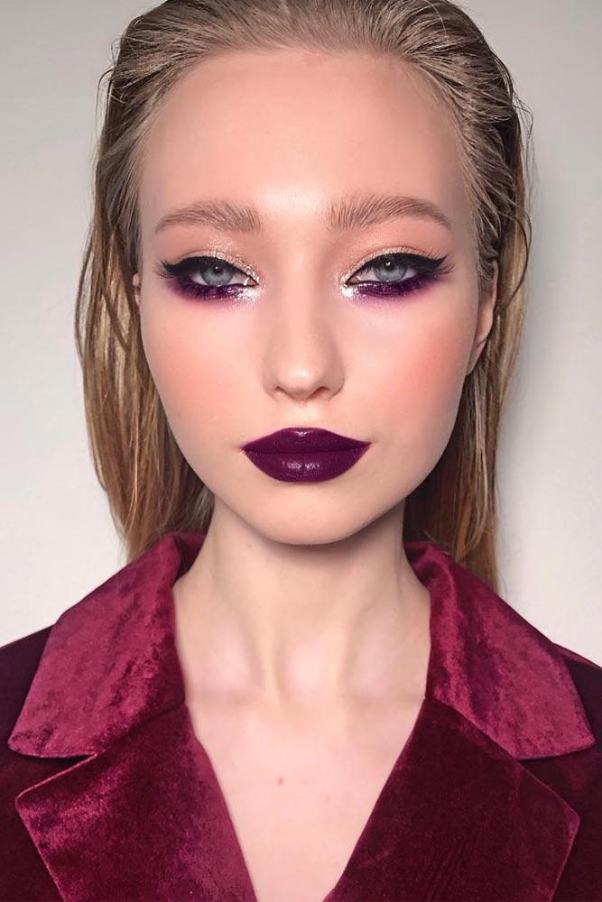 Bold Purple Lipstick For 90s Makeup Trend #purplelipstick