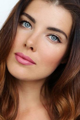 Classic Eyes With Pink Makeup #pinklips