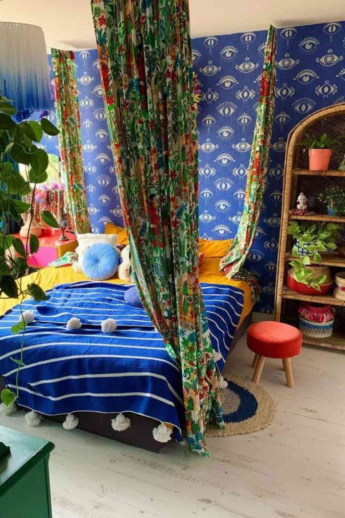 Boho Bedroom With Floral Printed Curtains #bohobedroom