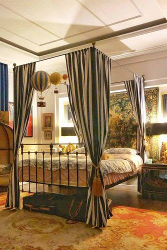Canopy Bed Design With Striped Curtains #metallicbed #stripedcurtains
