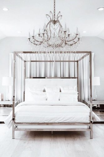 Mirror Furniture Canopy Bed For Glam Bedroom #moderncanopybed #mirrorbed